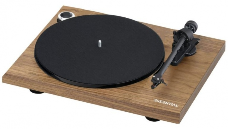 Pro-Ject Essential III Phono + OM10 ořech