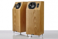 Neat Acoustics IOTA Alpha Natural Oak