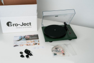 Pro-Ject Debut Carbon Evo + 2MRed - Satin Green