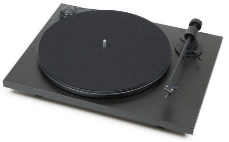 Pro-Ject Primary Black + OM5E