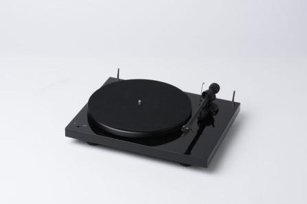 Pro-Ject Debut III RecordMaster černý + vložka