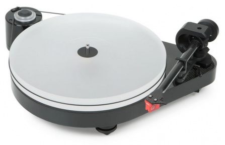 Pro-Ject RPM 5 Carbon Piano Black + Quintet red