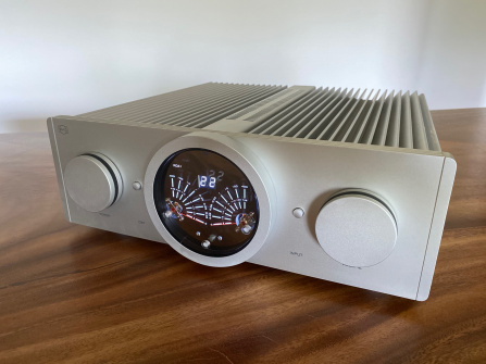 B.M.C. Audio Amplifier C1 - bazar